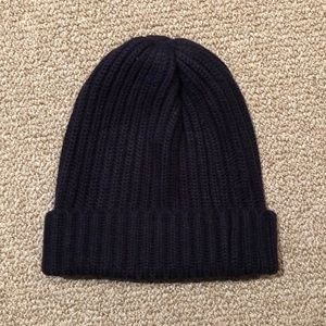 9263a3181a7 Uniqlo Heattech Knit Beanie Hat Navy Blue